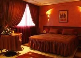 オウム パレス ホテル & スパ 写真