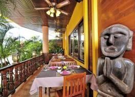 パクセ ホテル & レストラン 写真