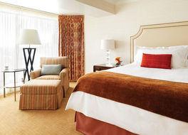 フォーシーズンズホテル バンクーバー 写真