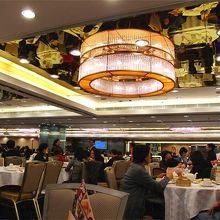 北角:港運城3階の飲茶中華店〜聯邦金閣酒家