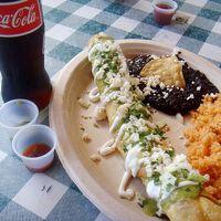 サージズ メキシカン キッチン