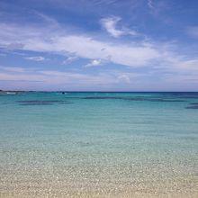 空港で一時間半の待ち時間があれば海水浴できる極上のビーチ