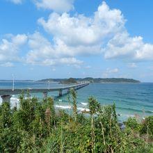 下関市の北端部に位置する風光明媚な島です