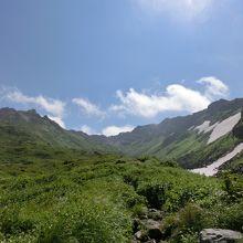 さすが東北の名峰☆登山途中もずっと絶景です!
