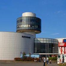 航空機の展示が多い博物館です。