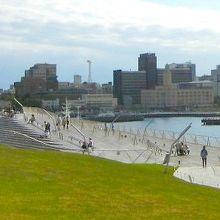 春や秋、気候の良い時に屋上桟橋のデッキでのんびりしたい