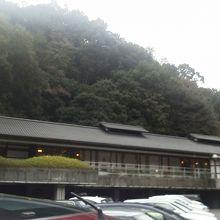`一休`の建屋全体