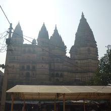 変わったデザインのヒンドゥ寺院