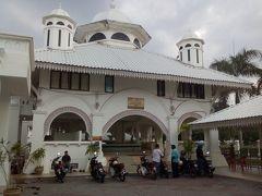 トゥンガ ザハラ モスク
