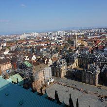 大聖堂の南東の眺め