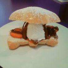 すっごい美味しいカプレーゼサンドイッチ