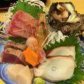 写真:亀寿司食堂
