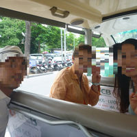 ハノイ エレクトリカル バスツアー