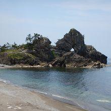 曽々木海岸にある珍しい岩