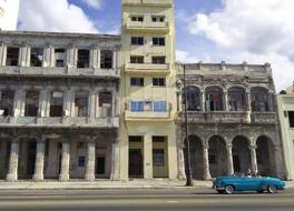 Casa Malecon Habana