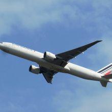 飛行機の写真も撮りやすい