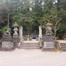 白虎隊士墓所