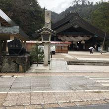 出雲大社神楽殿、全景。
