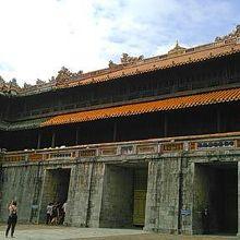 王宮の入宮門