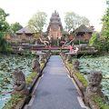 写真:サラスワティ寺院 (ウブド ウォーター パレス)