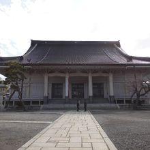 立派な地元のお寺さん