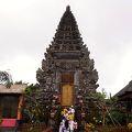 ウルン ダヌ バトゥール寺院