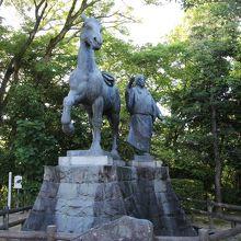 山内一豊妻千代の銅像