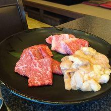 夕陽を見ながらリーズナブル石垣牛焼き肉最高