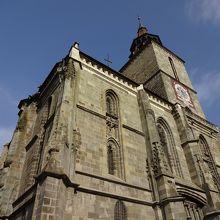 巨大な教会!全景を見るならトゥンパ山から