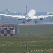 飛行機離陸中