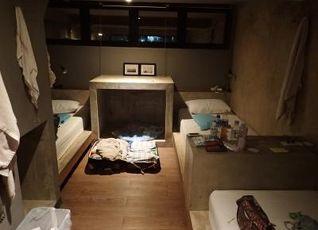 イン ア ボックス ホステル 写真
