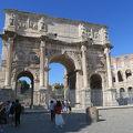 写真:コンスタンティヌスの凱旋門