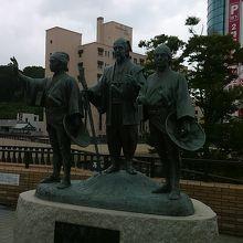 水戸駅前に水戸黄門の像
