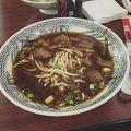 写真:老董牛肉麺 (台北松山空港店)