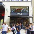 写真:ポール (シャンゼリゼ通り店)