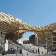世界最大の木造建築