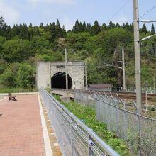 青函トンネルを望む