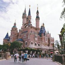 上海ディズニーの一番人気?