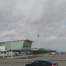 ローカル空港?にしては…