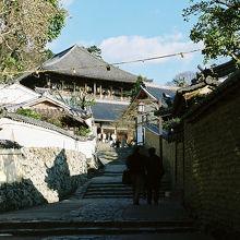 大仏殿からの階段