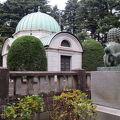 写真:岩崎家玉川霊廟