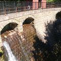 写真:旧大湊水源地水道施設(水源地公園内)