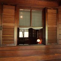 ホーチミンの家 (ホーおじさんの家)