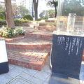 写真:希望の灯り (神戸市東遊園地内)