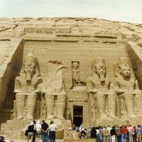 アブシンバルへ!歴史探訪の旅Egypt編