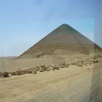 ダハシュール・屈折ピラミッド・赤のピラミッド