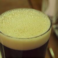 伊豆は伊東、搾りたての宇佐美地ビールとカレーバイキングを美味しくいただける、宇佐美地ビール農園 Deri Cafe さんに行って来ました。 2010年10月