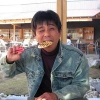 なぁ~んちゃってせんべいソムリエ「ひろ」!?が見せます(^O^) 地元本場の草加煎餅焼き体験だよ♪