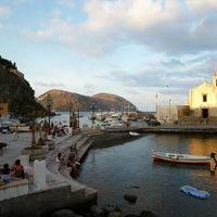 16日間の美食とビーチバカンスのシチリア!Vol17(第3日目夕方) ☆エオリエ諸島:リパリ 黄昏のリパリ(Lipari)を散策♪