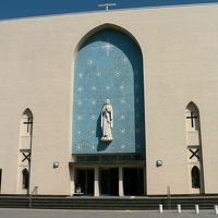 日本の旅 関西を歩く 大阪市中央区の大阪カテドラル聖マリア大聖堂周辺